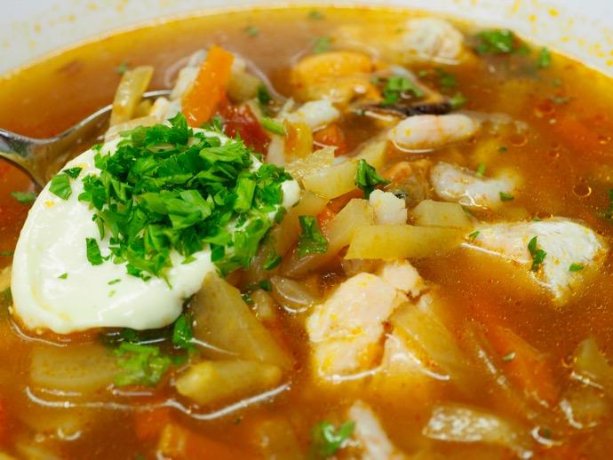 具沢山のシーフードスープ