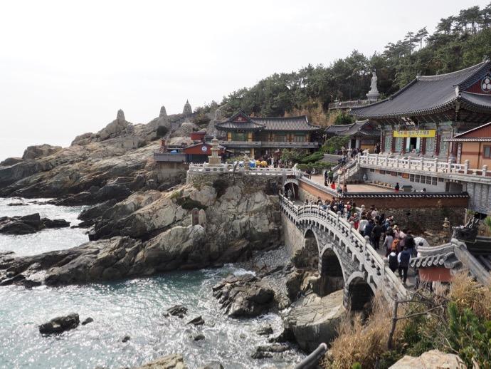 絶景の海東竜宮寺