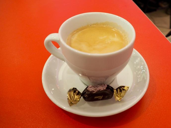 エスポー駅のコーヒーショップ