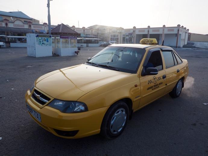 サマルカンドのシェアタクシー