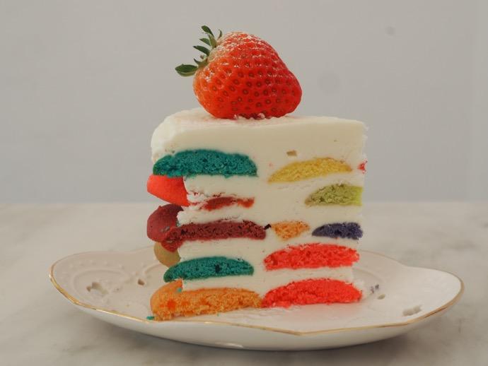 STAY HERE TODAYのクラウドマインケーキ