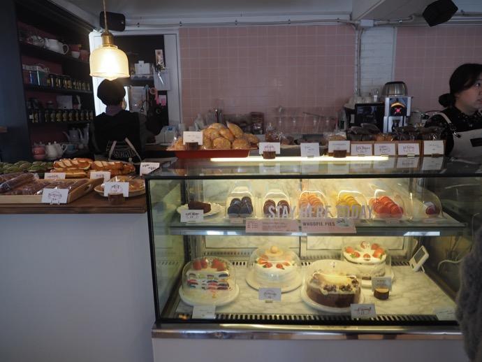 ケーキの陳列棚