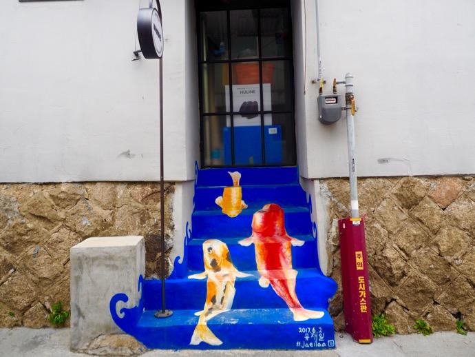 金魚の階段アート