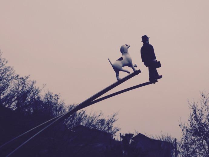 梨花壁画村のパブリックアート『紳士と犬』