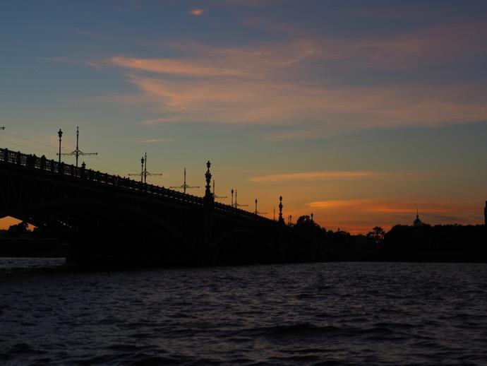 運河に沈む夕日