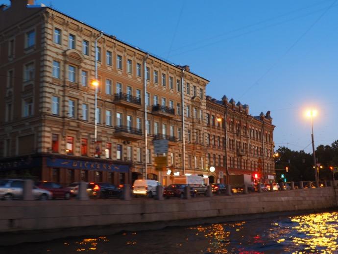 夕暮れ時のサンクトペテルブルク