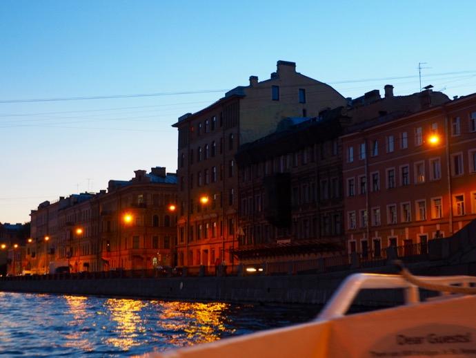 サンクトペテルブルクが夕暮れ
