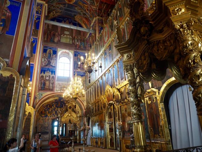 ラヂェストヴェンスキー聖堂の内部
