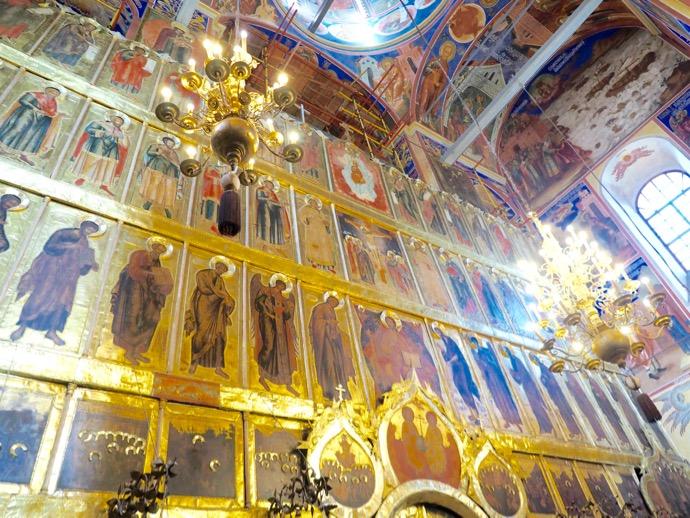 ラヂェストヴェンスキー聖堂には一面のフレスコ画が