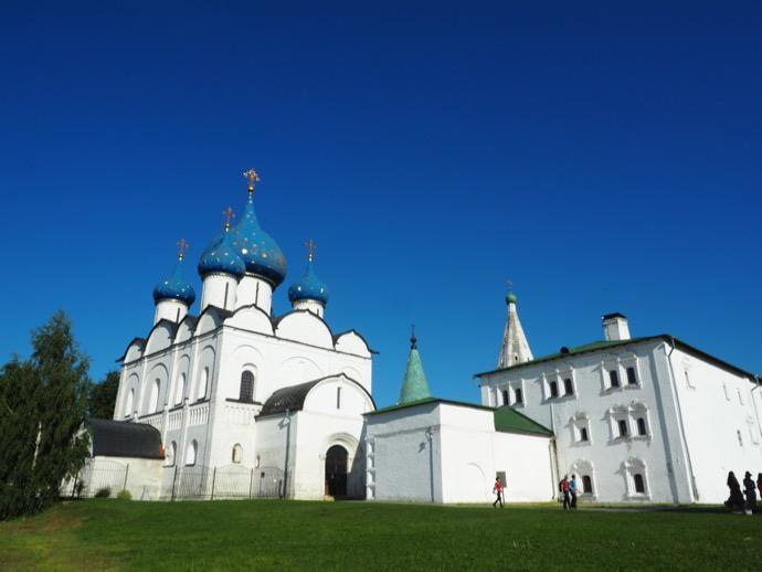 ラヂェストヴェンスキー聖堂の外観