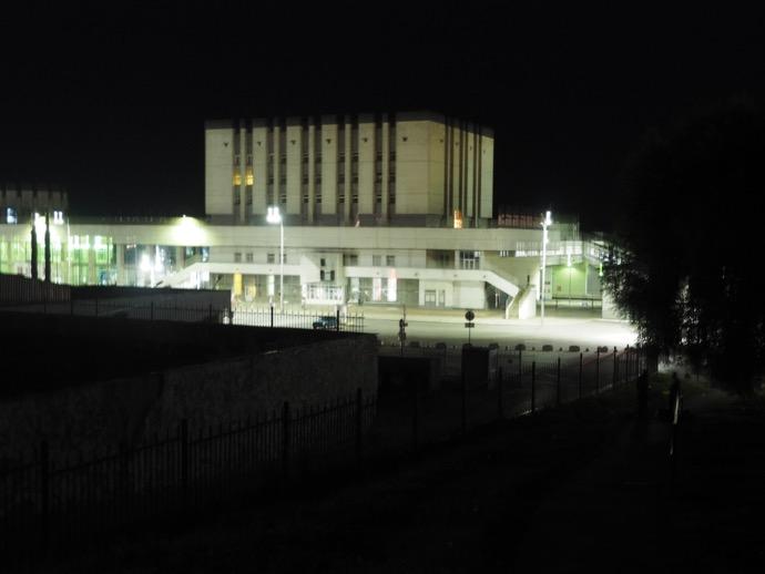 夜のウラジーミル駅
