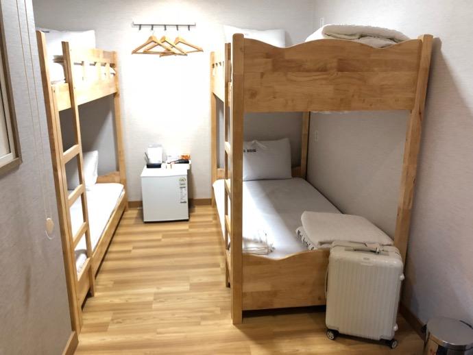 ドミトリーの二段ベッド