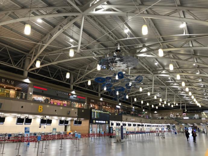 金海国際空港のフロア