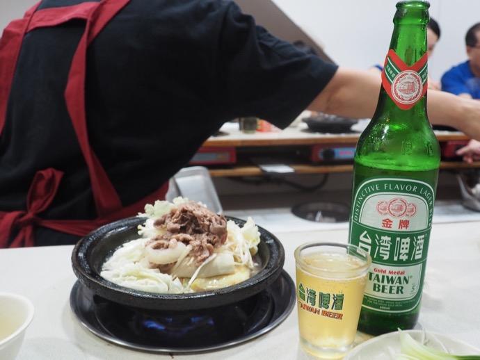 天喜迷你火鍋の石頭火鍋とビール