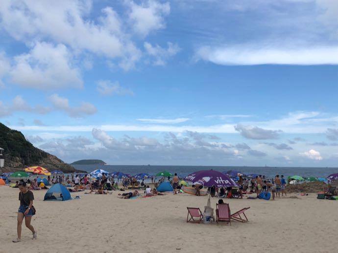 大浪湾のビーチ