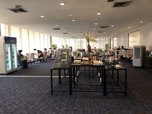 バンコク・ドンムアン国際空港 MIRACLE LOUNGE プライオリティパスで無料 フロア