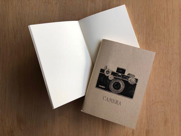 カメラのイラストのノート