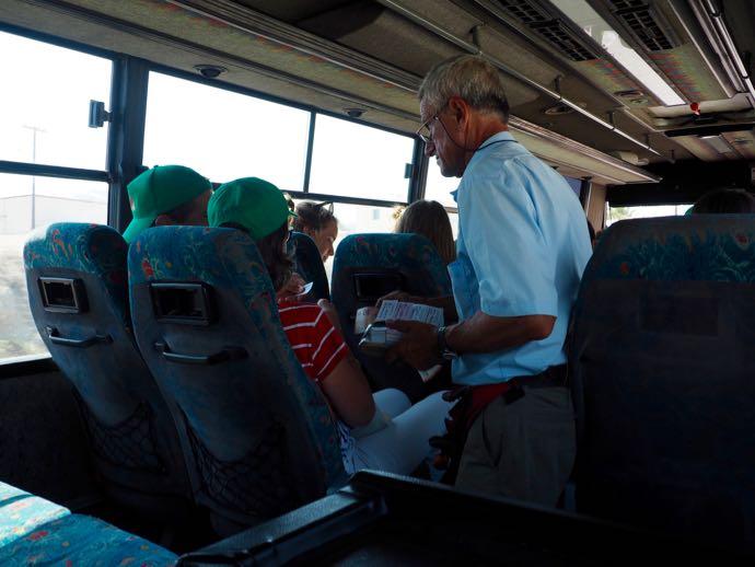 バス車内の切符販売