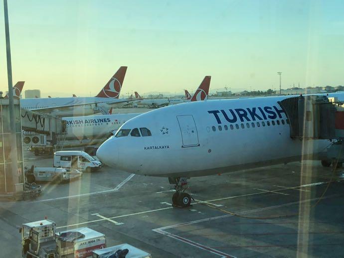 Comfort Lounge イスタンブール アタテュルク国際空港 プライオリティパスで無料 ターキッシュエアライン