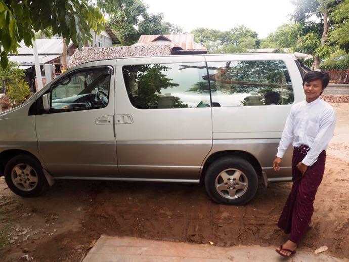 ワゴン型のシェアタクシー