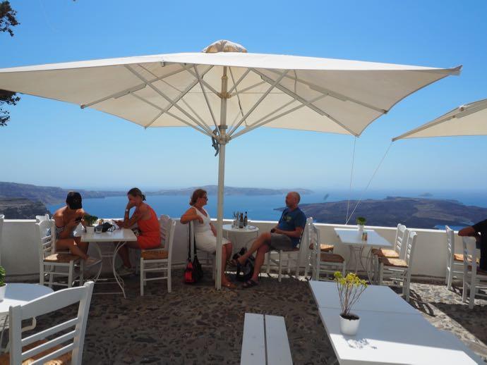 火山ビューの見えるレストラン