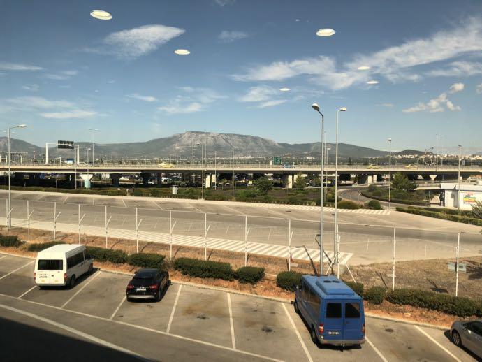 アテネ国際空港 ATH プライオリティパス ラウンジ GOLDAIR HANDLING CIP LOUNGE 眺める