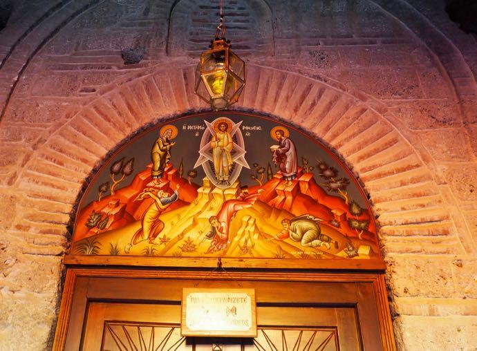 教会のドームの壁画