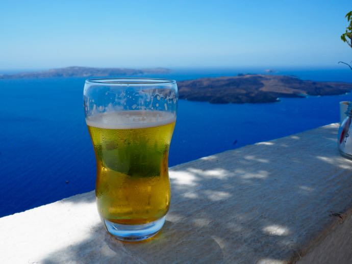 サントリーニの生ビール