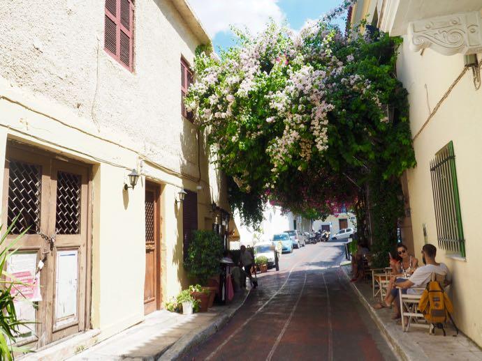 ロマンティックなアテネ市街