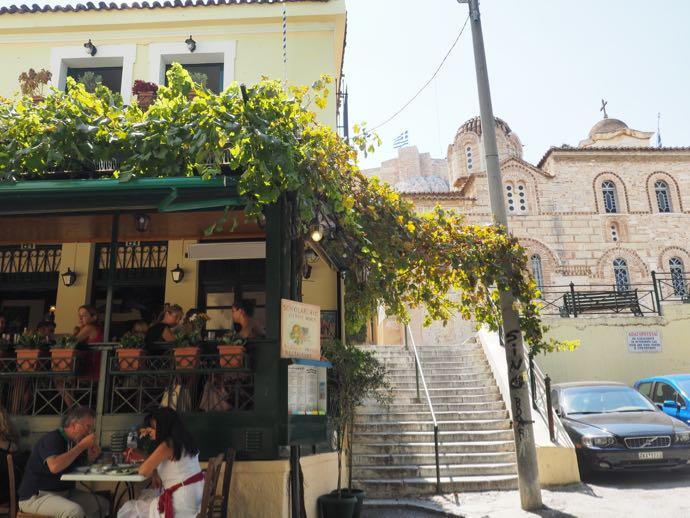 アテネの美味しそうな食堂