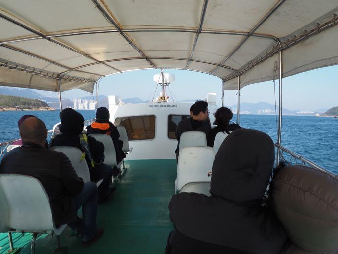 天虹海鮮酒家の専用船の座席