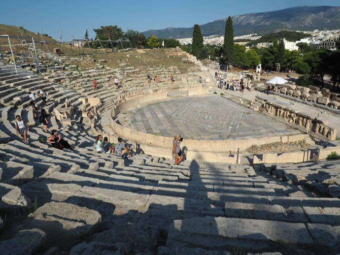 ディオニソス劇場