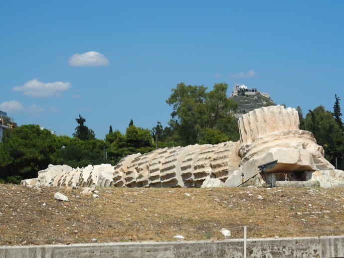 ゼウス神殿の倒壊円柱