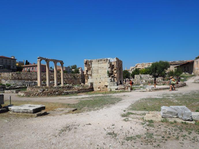 ハドリアヌスの図書館の敷地