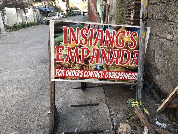 エンパナーダのお店の看板