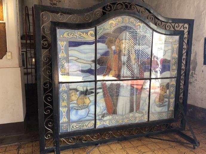 サン・オウガスチン教会(パオアイ教会)のステンドグラス