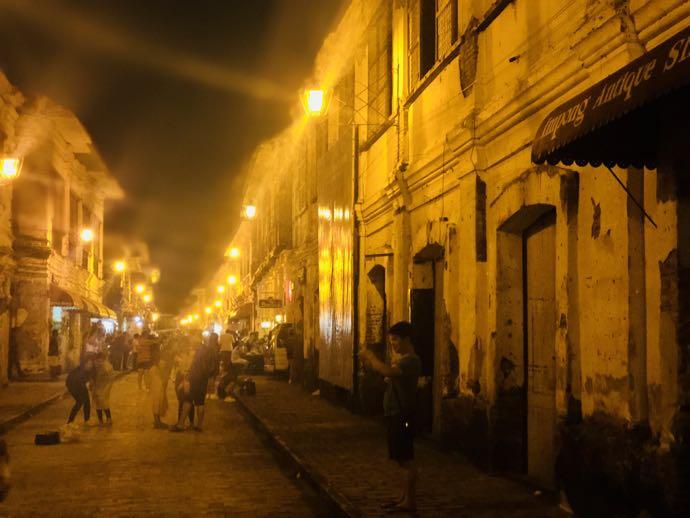 コルソン通りの夜の風景