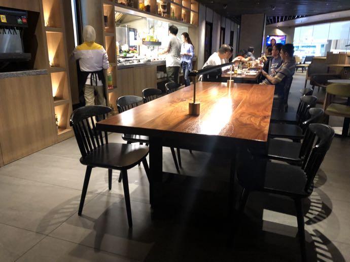 大きいワークテーブル