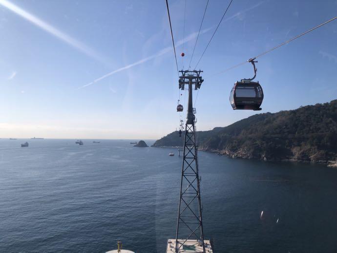 海の上に輝く松島海上ケーブルカー