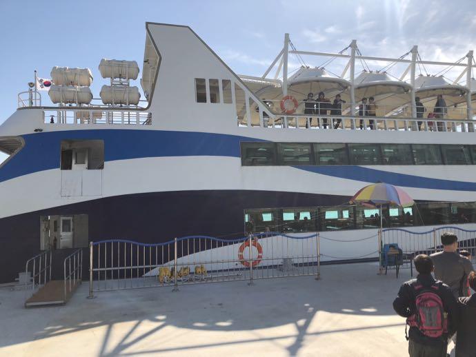 チャガルチクルーズ船の全貌