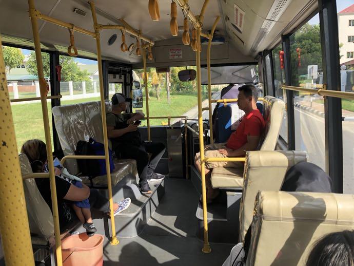 01バスの乗車