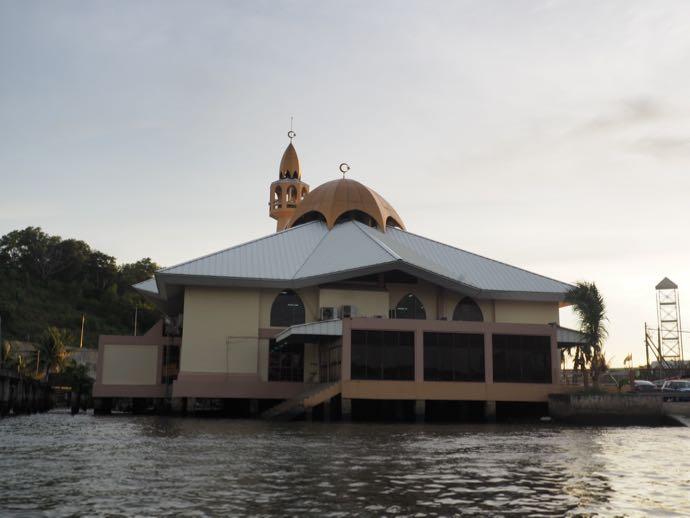 カンポンアイールのモスク