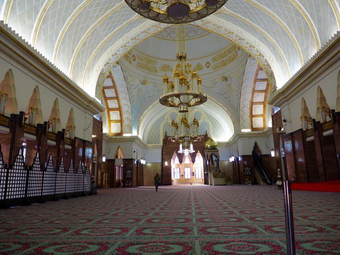 オールド・モスクの礼拝室内部