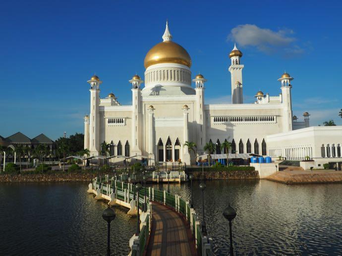 ラグーンから見たオールド・モスク