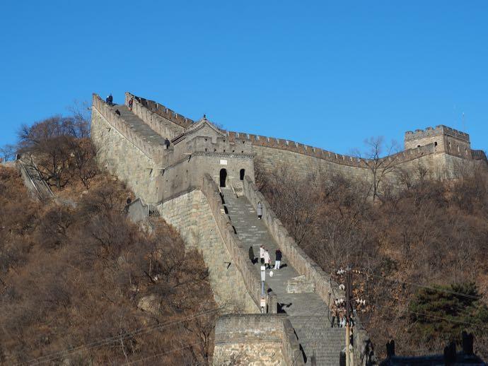 青空の下の慕田峪長城