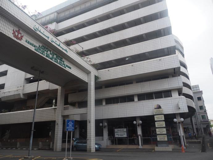 バンダル・スリ・ブガワンのバスターミナル