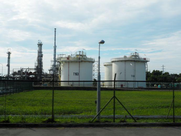 石油関連施設