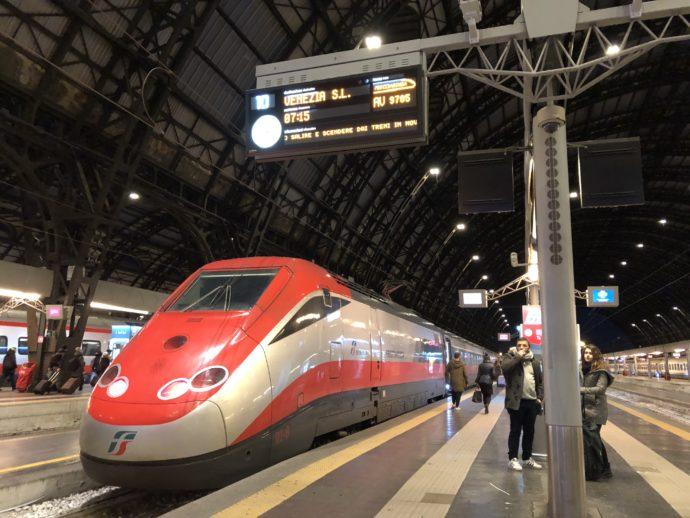 イタリアの特急列車