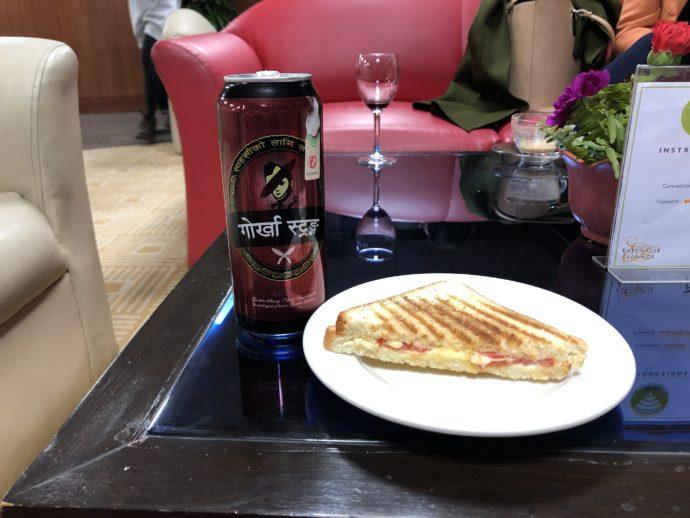 ビールとパニーニ