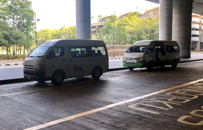 ホテルの送迎バス